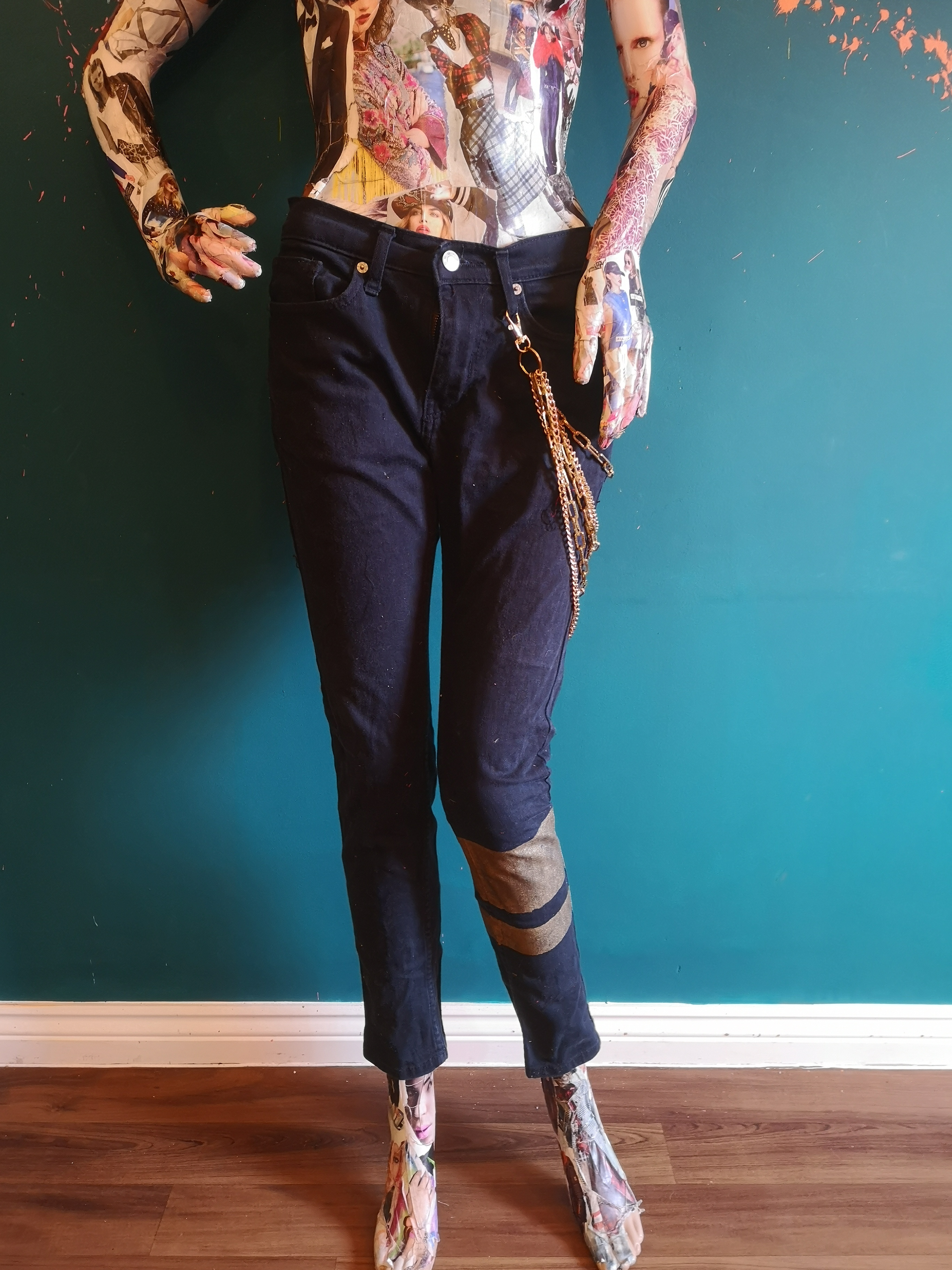 black and gold band skinny jeans with chain