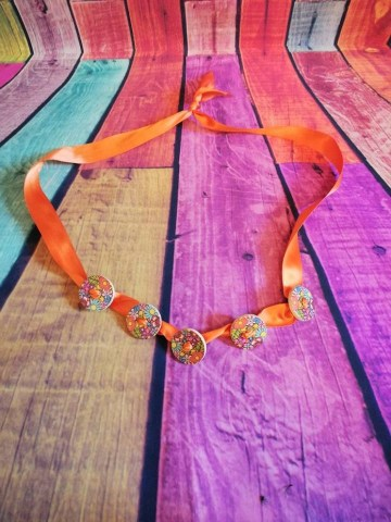 button on ribbon necklace